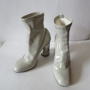 SENSO CREAM/LT GRAY PATENT LEATHER ANKLE BOOT 35